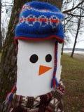 Snögubbe som göras från naturligt trä lithuania fotografering för bildbyråer