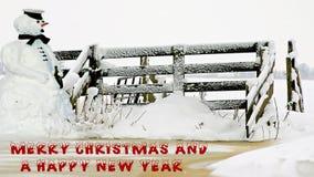 Snögubben önskar dig glad jul och ett lyckligt nytt år stock illustrationer