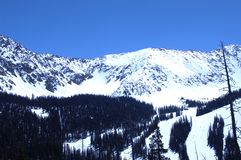 snöig berg 278 Royaltyfri Bild