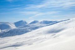 snöig berg Fotografering för Bildbyråer