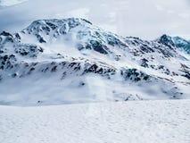 snöig berg Royaltyfria Bilder
