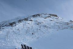 Snöig berg i Kaprun arkivbilder