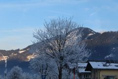 Snöig berg i Kaprun Fotografering för Bildbyråer