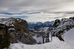 Snöig berglandskap Fotografering för Bildbyråer