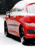 snöig bil Royaltyfria Foton