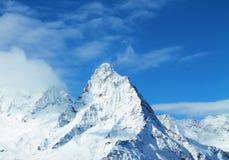 Snöig blast av bergen Royaltyfria Foton