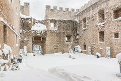 Snöig fästning av Campobasso Royaltyfri Foto