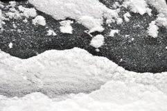 snöig fönster arkivbild