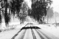 Snöig gata Arkivfoton