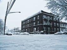 snöig gata för hörn Royaltyfri Bild