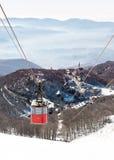 snöig italienska berg för kabel långt Arkivfoto