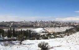 Snöig Jerusalem vintertid Arkivbild