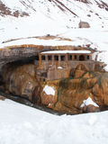 Snöig kyrka Arkivbilder