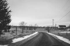 Snöig landsväg Arkivbilder