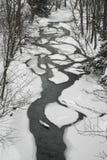 Snöig liten viksäng Arkivfoto