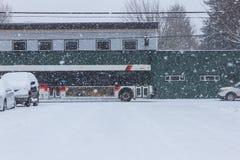 snöig pendlingssträcka Arkivfoton