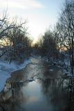 Snöig solnedgångflod Royaltyfria Foton