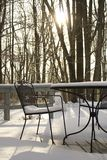 Snöig solstol Arkivfoton