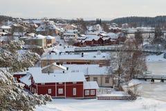 Snöig stad arkivfoto