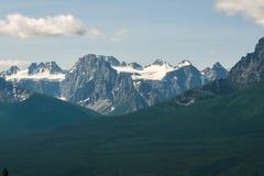Snöig steniga berg Alberta Canada Royaltyfria Bilder