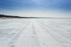 Snöig väg Arkivbilder