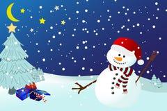 snöig vintrar för nattsnowman Royaltyfri Foto