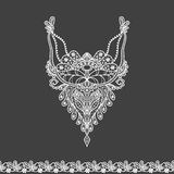 Snör åt den blom- urringningen för vektorn och gränsdesignen för mode Blomma- och sidahalstryck Bröstkorgen snör åt smyckning vektor illustrationer