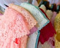 Snöra åt bästa kläder för kvinnor Fotografering för Bildbyråer