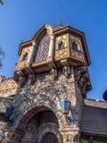 Snövit slott i Fantasyland arkivbild