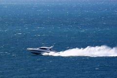 Snabb motorbåt Arkivfoto