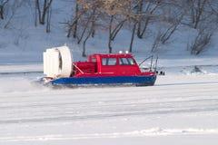 snabb snowmobile för snow för räddningsaktionrittservice Royaltyfri Bild