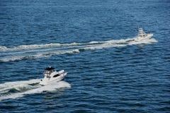 Snabba motorbåtar Arkivfoto