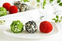 Snack-ballen van geitkaas royalty-vrije stock afbeeldingen