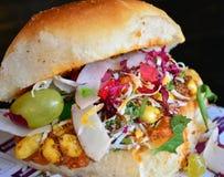 Snack dabheli-Kutchi in Gujrat India royalty-vrije stock fotografie