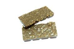 Snack; Dunkle Schokoladenmandelbarke in einem Stapel Lizenzfreies Stockbild