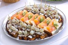Snack met zeevruchten stock afbeeldingen