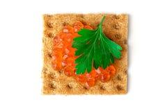 Snack mit rotem Kaviar Lizenzfreies Stockfoto