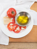 Snack of tomatoes and parmesan cheese Stock Photography