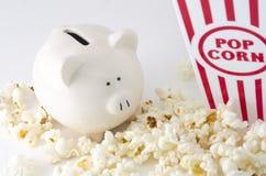 Snack-und Unterhaltungs-Ausgaben Stockfotografie