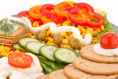Snack with vegetables and crackers Royalty Free Stock Photos