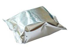 Snackpaket in der Aluminiumfolie auf weißem Hintergrund Lizenzfreie Stockfotografie