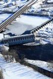 Snak geschotene de winter lucht hydro-elektrische dam Royalty-vrije Stock Afbeelding
