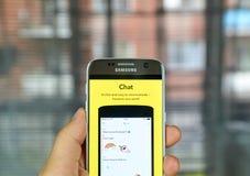Snapchat-Chat auf Mobiltelefon Lizenzfreies Stockfoto