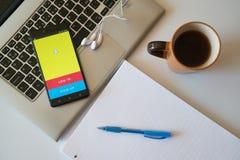 Snapchattoepassing op smartphone Royalty-vrije Stock Foto