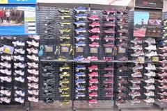 Sneakers sprzedaż Zdjęcia Stock