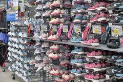 Sneakers sprzedaż Obrazy Royalty Free