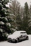 Sneeuw Behandeld Mini Cooper Royalty-vrije Stock Foto's