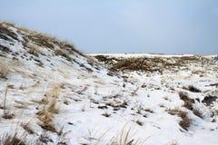 Sneeuw behandelde heuvels Royalty-vrije Stock Fotografie