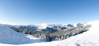 Sneeuw bergen Stock Afbeeldingen