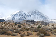 Sneeuw bergen dichtbij Bischop, CA Royalty-vrije Stock Foto's